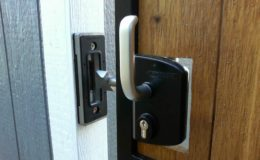 locinox-slide-gate-lock
