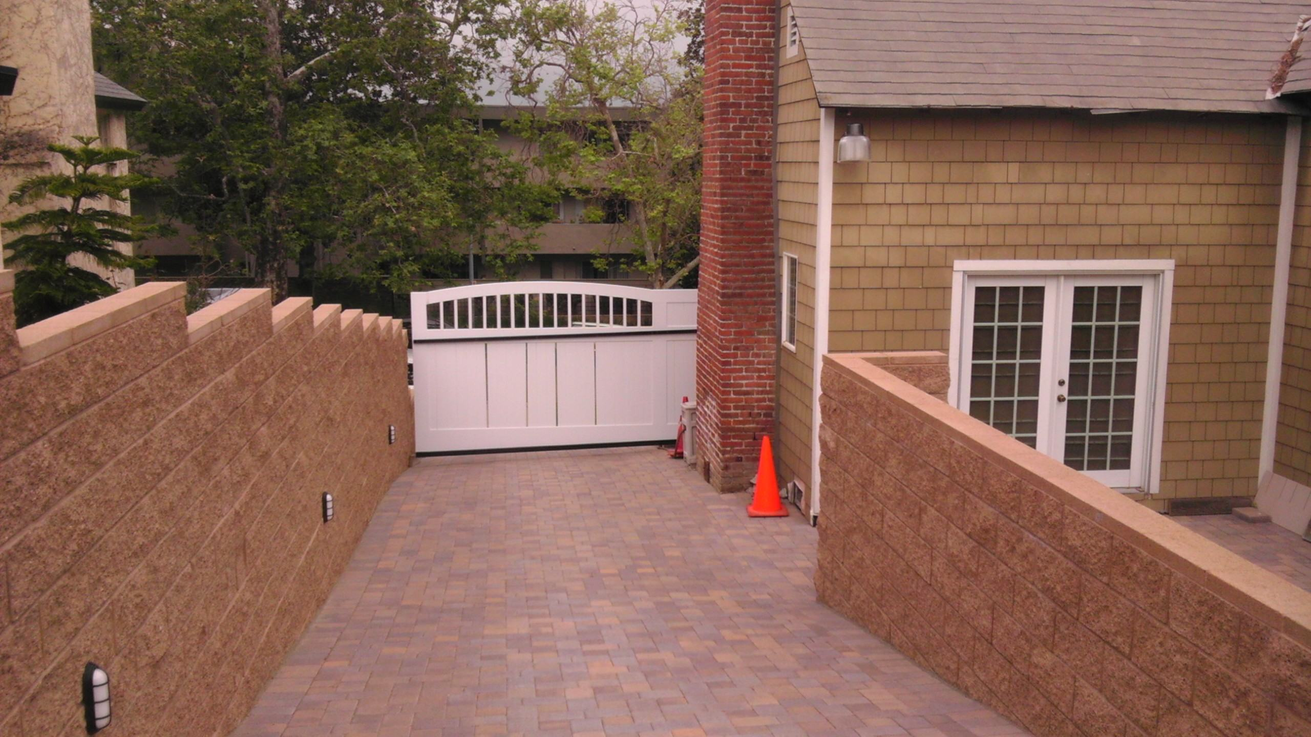 Private Residence In California Duragates The One Stop