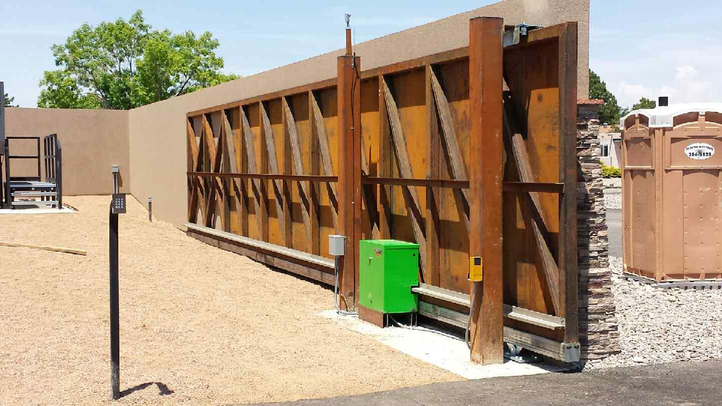 Scott S Fencing: Lift Station In Rio Rancho, NM