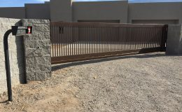 NM sliding gate