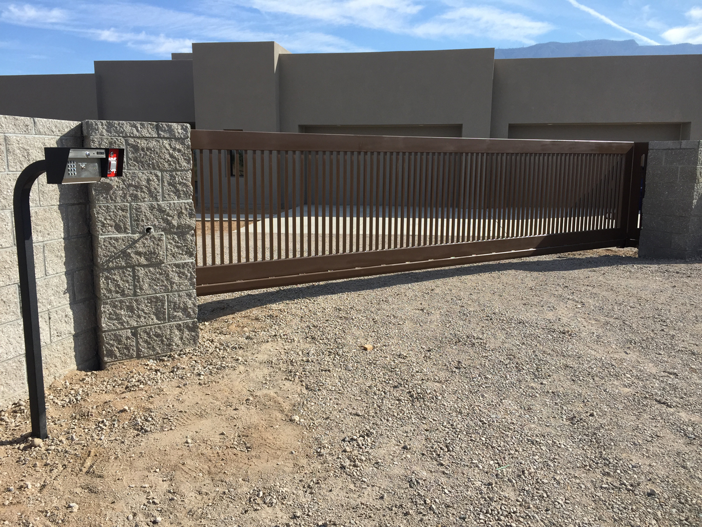 Scott S Fencing: Private Residence In Albuquerque, NM